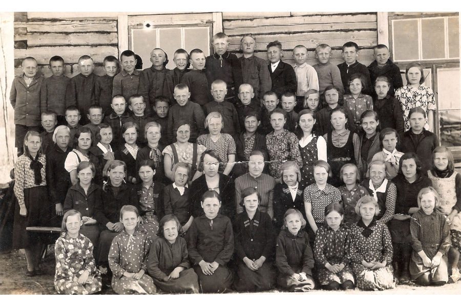 - Class Photo   - 1933  - Estonia