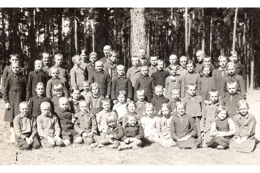 - Class Photo   - circa 1935  - Estonia