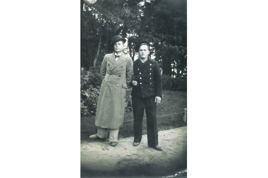 - Arno and Laas   - circa 1940  - Estonia
